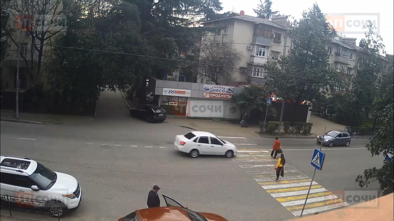 Жахлива ДТП за участю пішохода і авто у Сочі